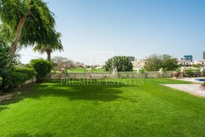 Lakeside Villa — Luxury villa for rent in Umm Suqeim