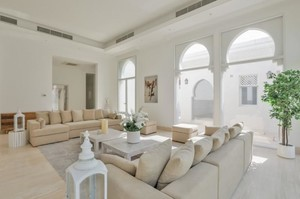 Villa 2630 — Luxury villa for rent in Jumeirah