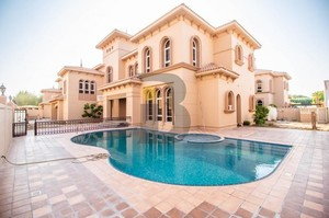 Villa 2636 — Luxury villa for rent in Al Safa